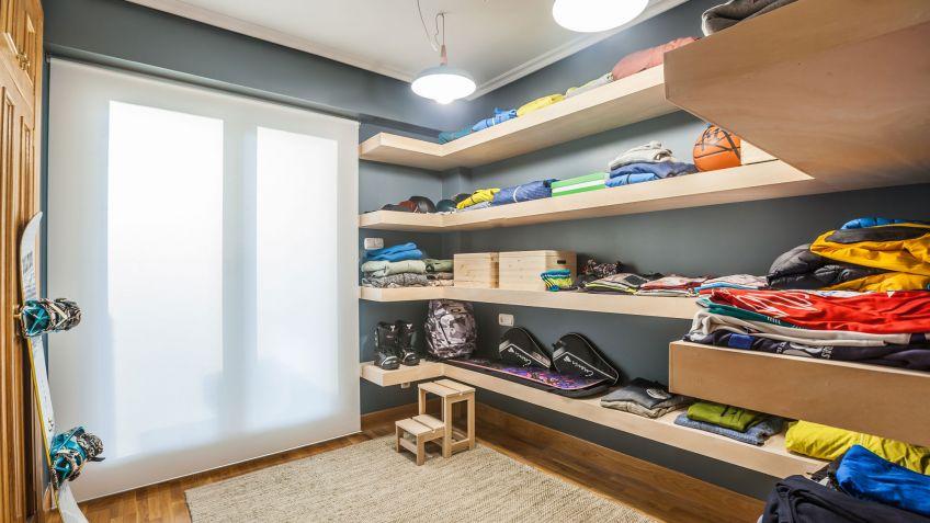 Convertir habitacin en vestidor con baldas Decogarden