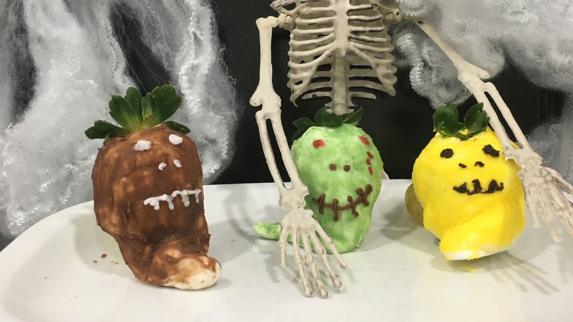 Fresas fantasmagóricas para Halloween