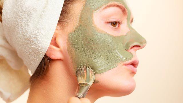 Cómo aplicar la mascarilla de arcilla verde
