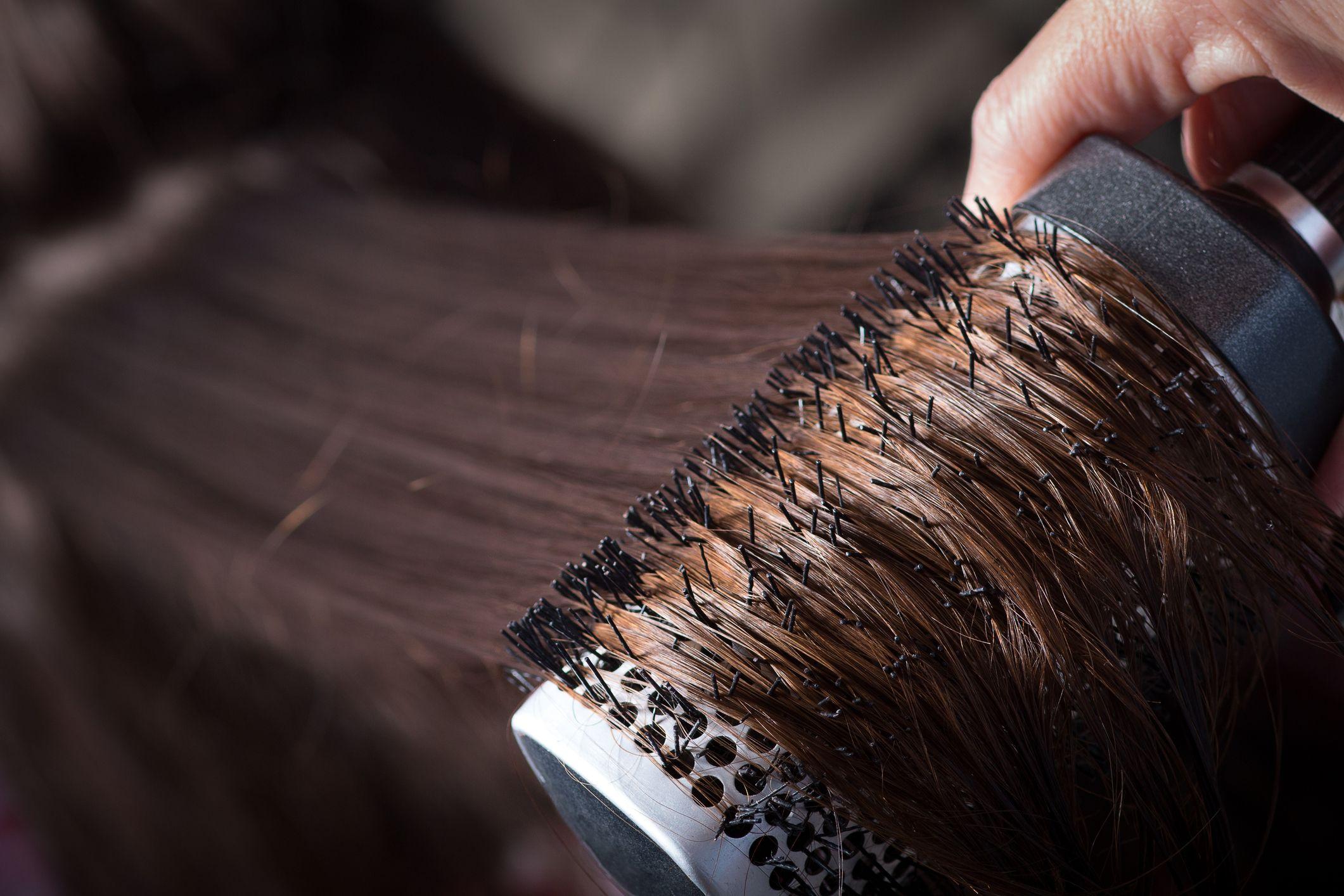 Peina el pelo