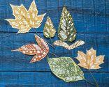 Pintar y decorar hojas secas