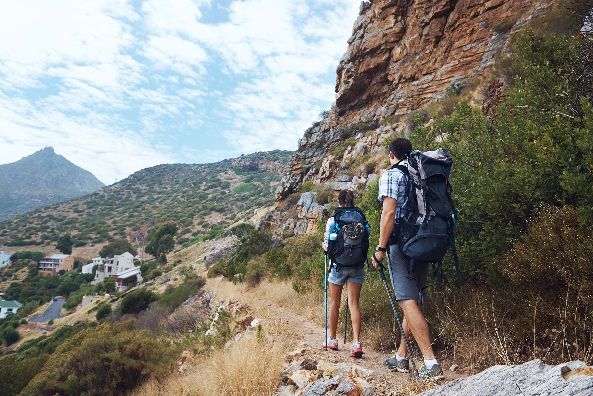 beneficios bastones trekking