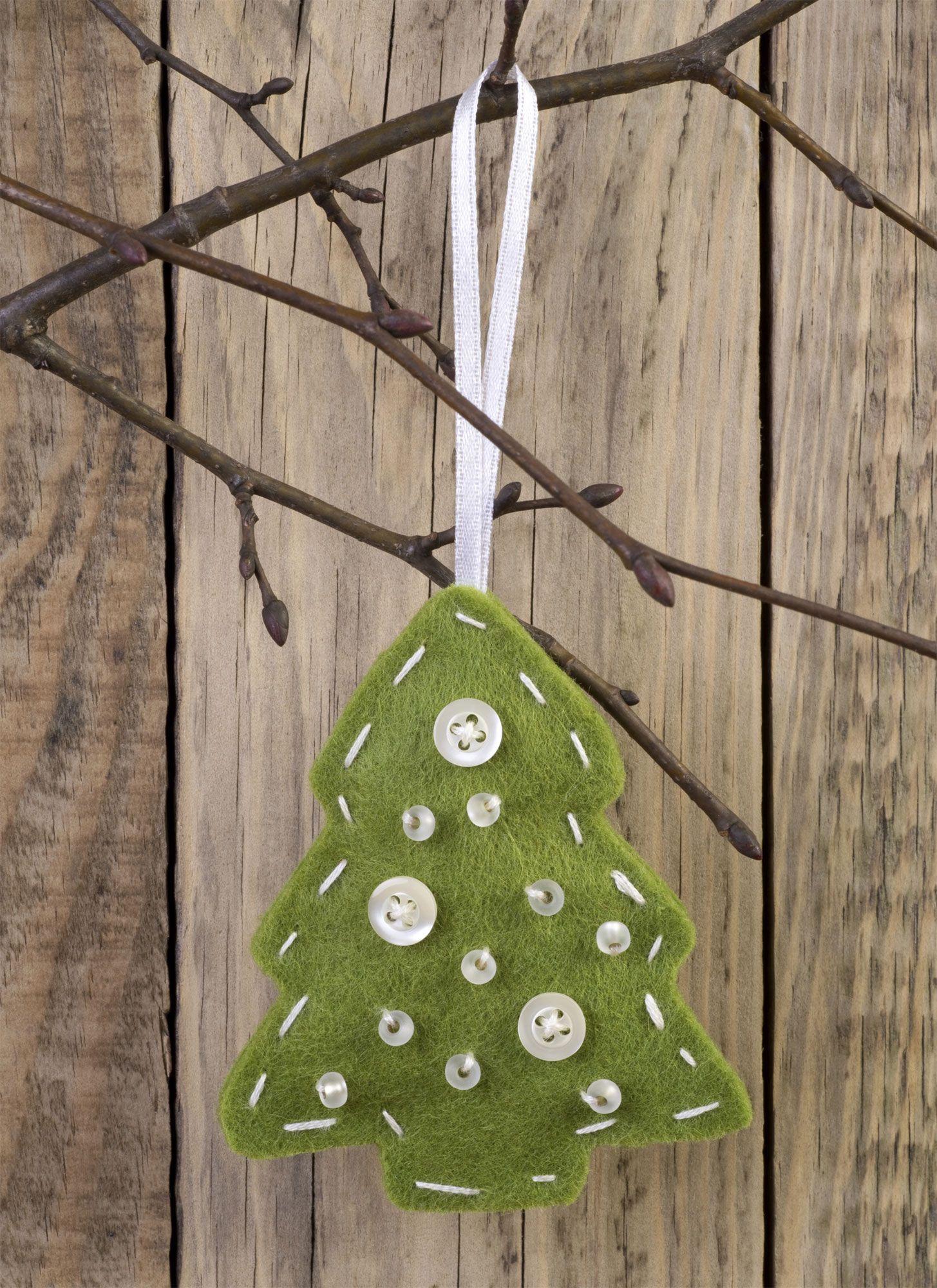 Hacer Un Arbol De Navidad Decorado Con Bolitas De Fieltro