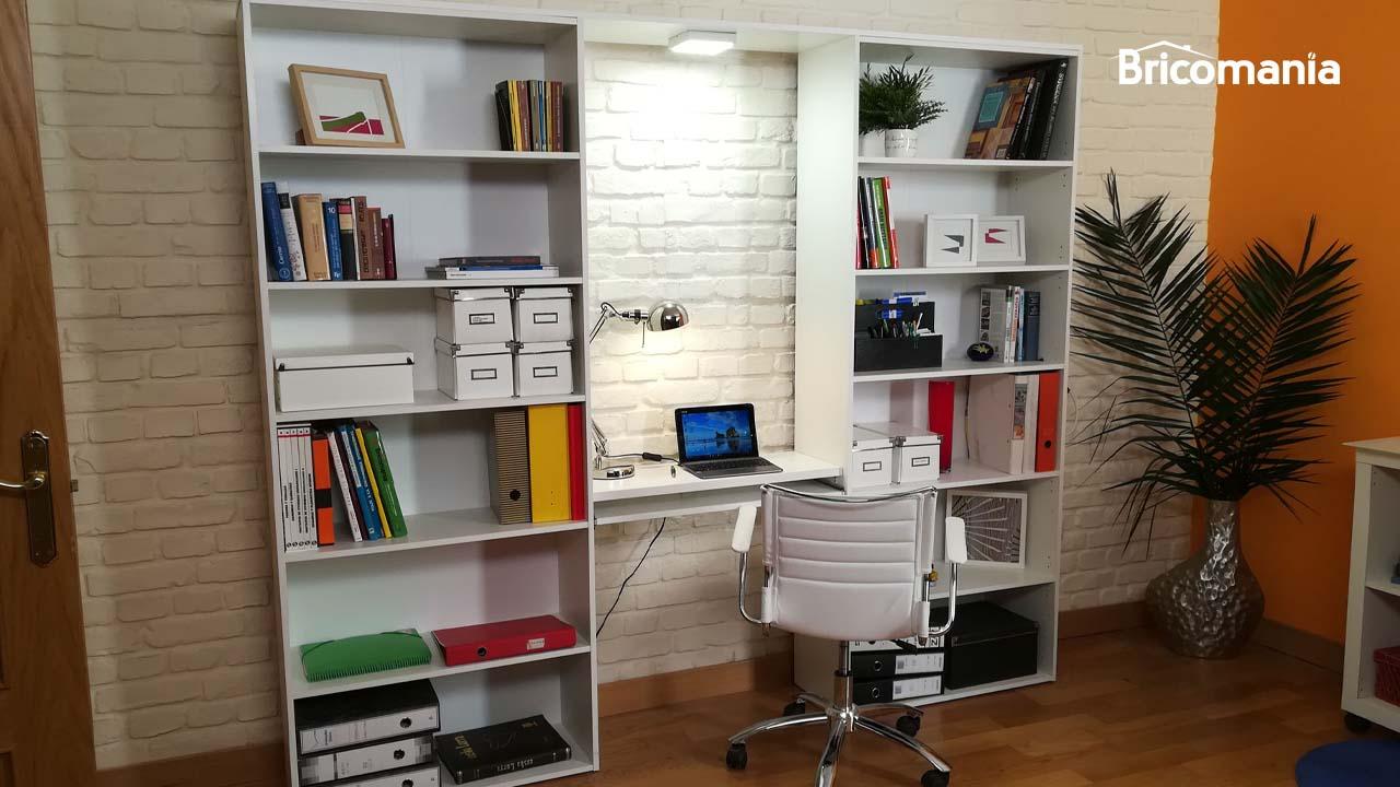 escritorio diy con estantería