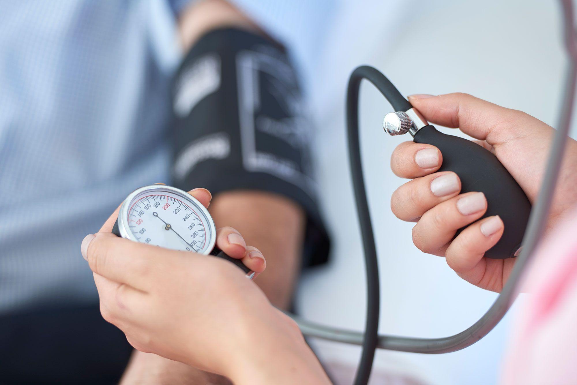salud control presión arterial