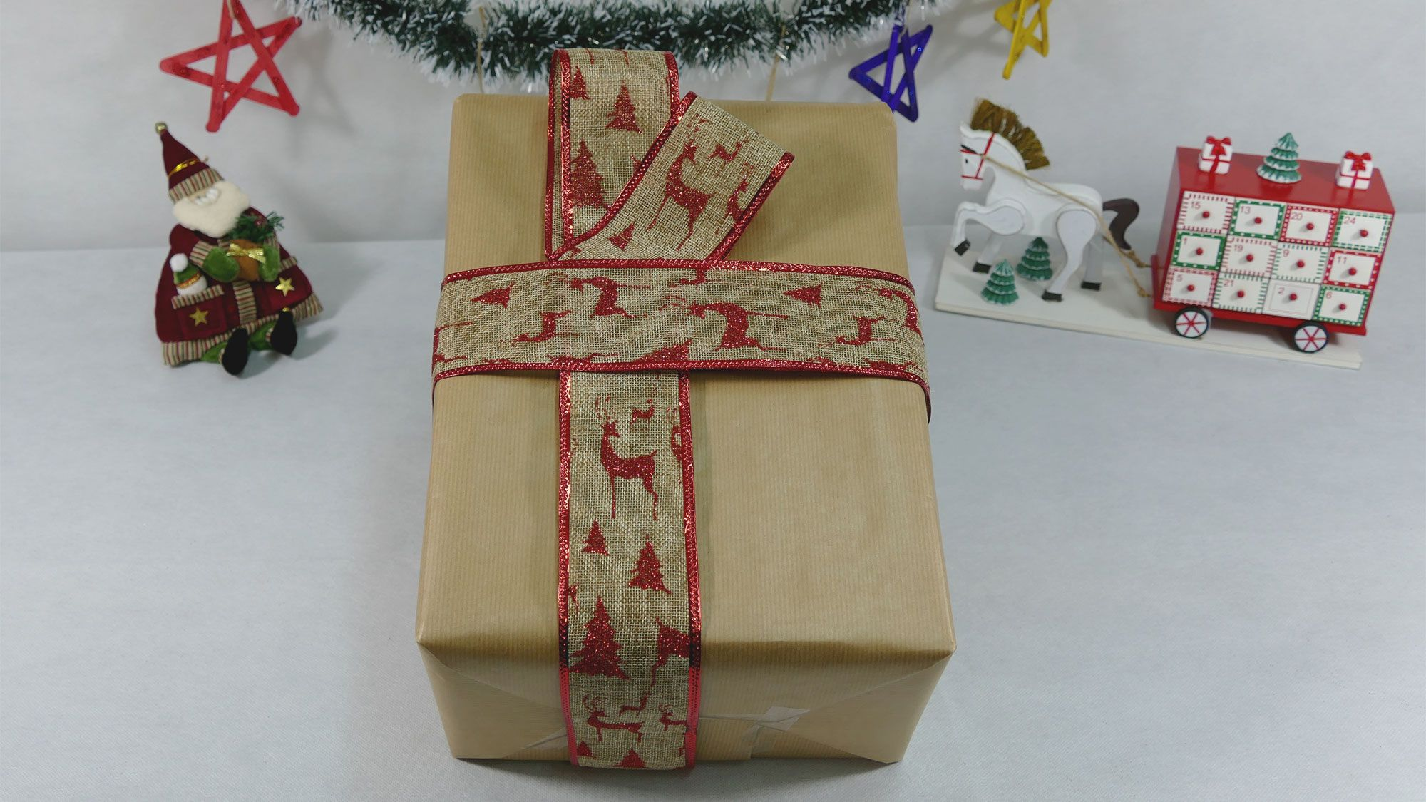 5 ideas para decorar regalos con papel kraft