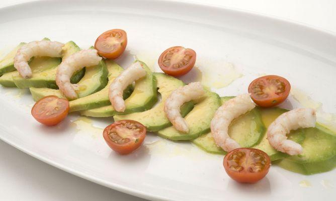 Receta De Ensalada De Tomate Aguacate Y Gambas Karlos Arguinano