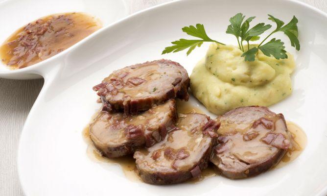 Receta de milhojas de cerdo ib rico con salsa de jam n karlos argui ano - Comidas para noche vieja ...