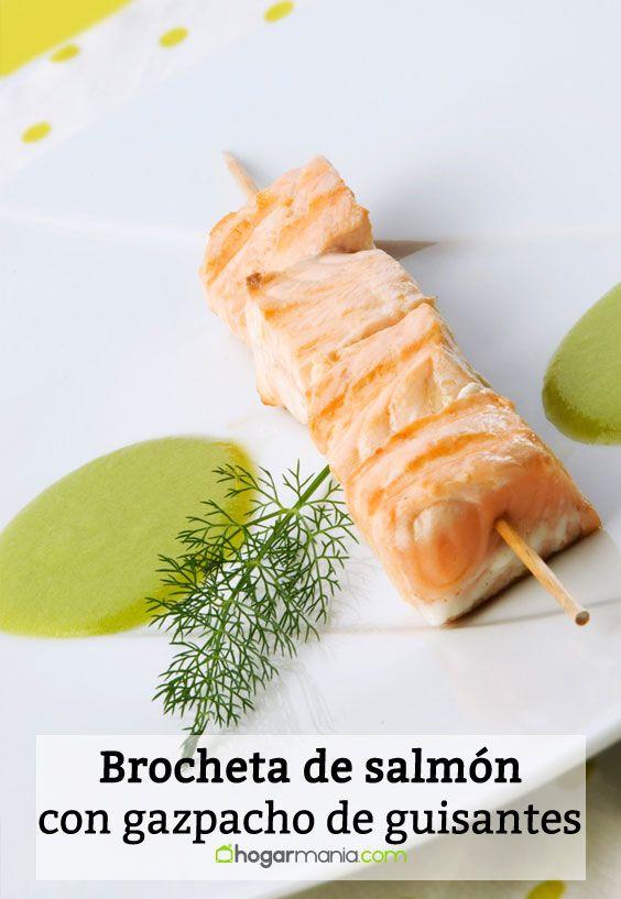 Receta de Brocheta de salmón con gazpacho de guisantes