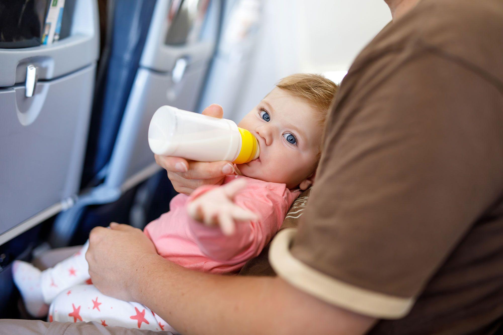 viajar niños bebés avión