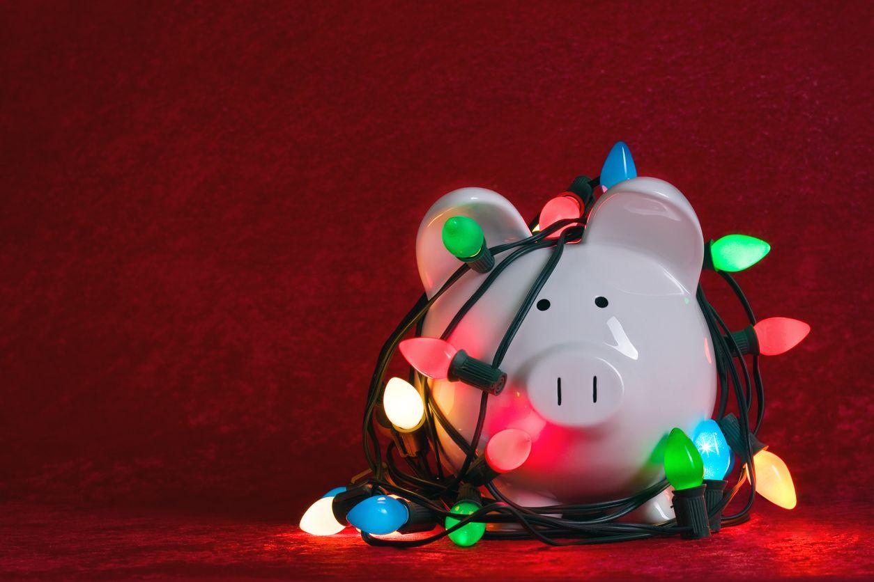 Cómo ahorrar más de 200 euros al año al elegir la tarifa de luz