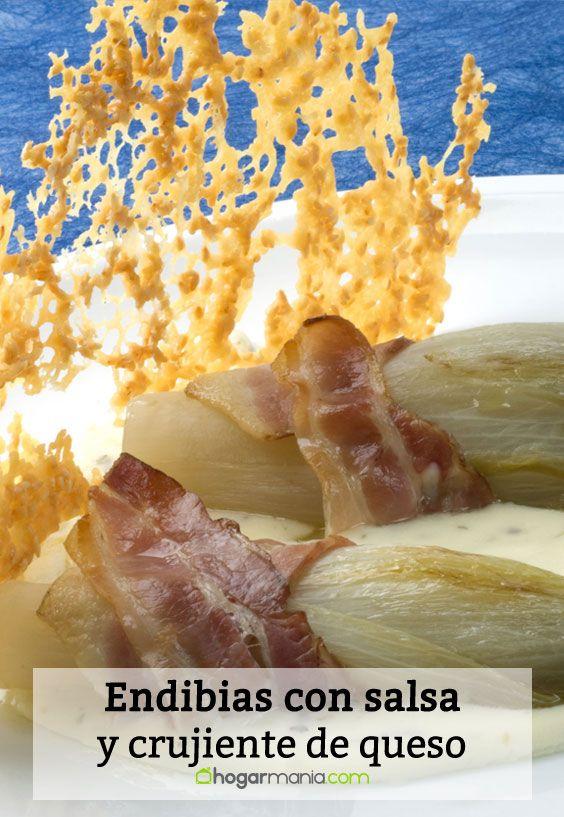 Receta de Endibias con salsa y crujiente de queso