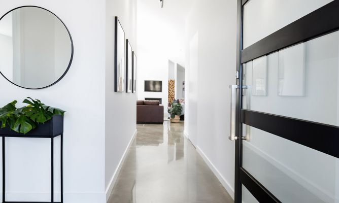 Ideas para decorar pasillos hogarmania - Como decorar pasillos estrechos ...