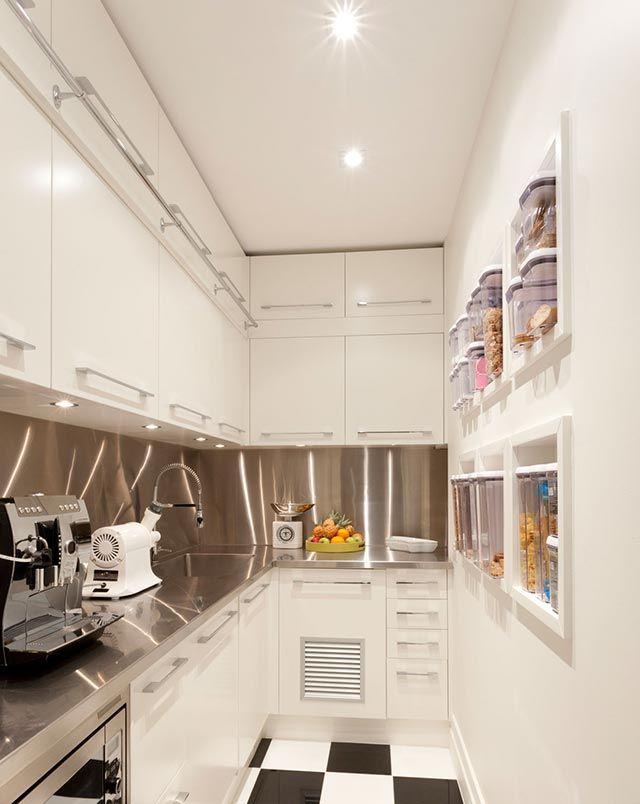 C mo decorar una cocina peque a hogarmania for Una cocina pequena