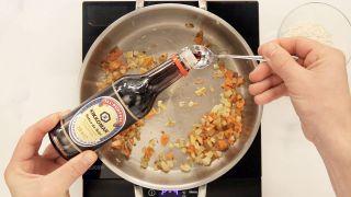 Berenjena rellena de arroz, verduras y salsa de soja Kikkoman - Paso 5
