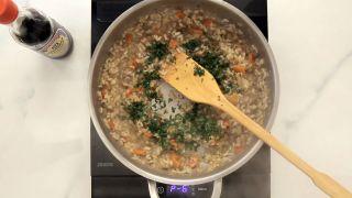 Berenjena rellena de arroz, verduras y salsa de soja Kikkoman - Paso 6
