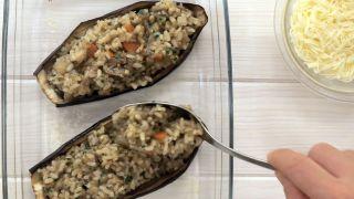 Berenjena rellena de arroz, verduras y salsa de soja Kikkoman - Paso 7