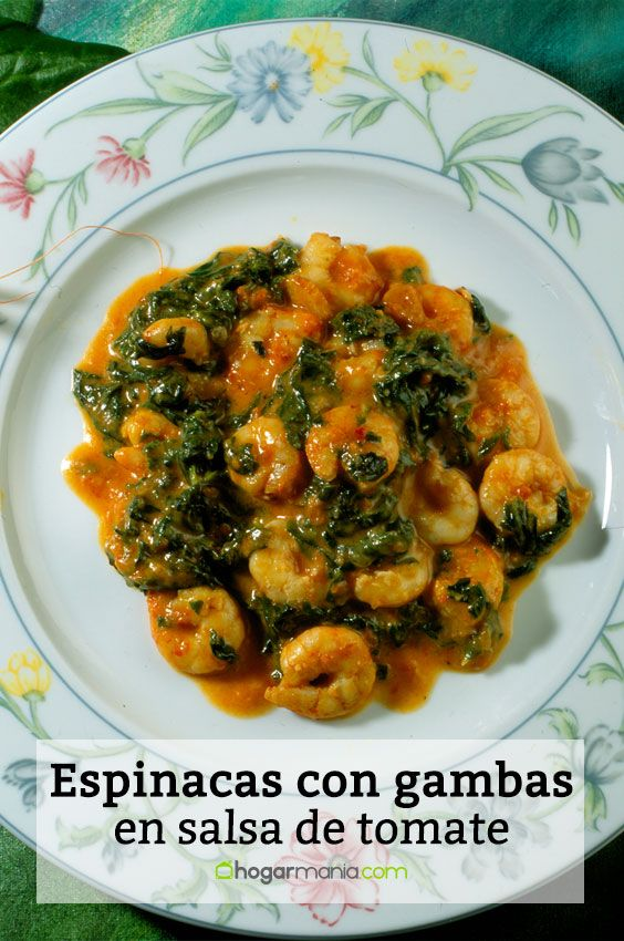 Espinacas con gambas en salsa de tomate