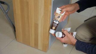 Cómo reparar una superficie de madera