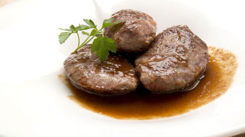 Receta De Carrilleras De Cerdo Con Salsa Espanola Eva Arguinano - Que-son-las-carrilleras-de-ternera