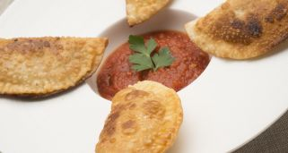 Empanadillas de at�n con tomate