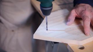 Cómo hacer un cuelga llaves con forma de casa