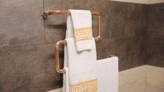 Hacer un toallero con tubos de cobre