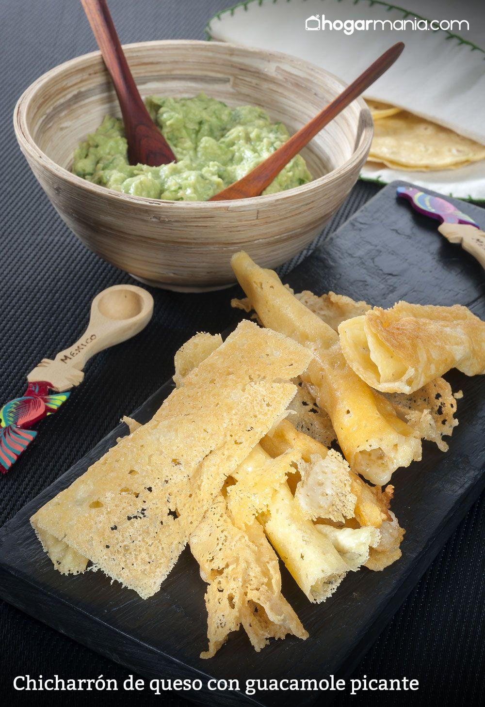 chicharrón de queso con guacamole picante