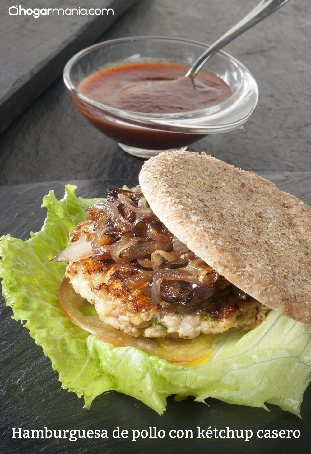 hamburguesa de pollo con kétchup casero