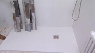 Cuarto de baño luminoso con toques marineros - Paso 4