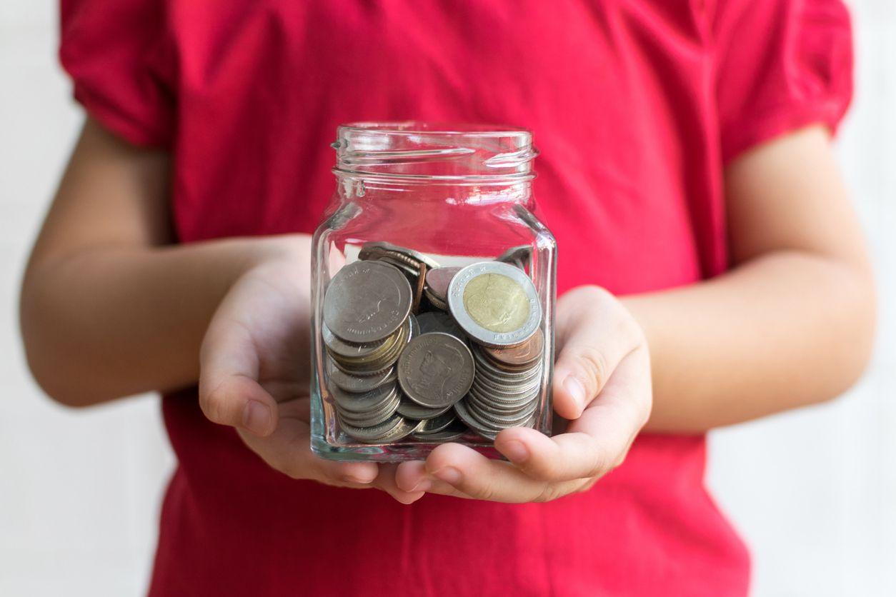 5 formas de enseñar a tus hijos a gestionar el dinero