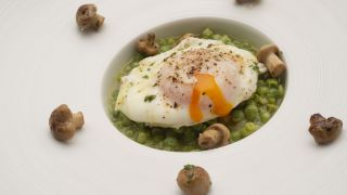 Receta de Guisantes con huevos y zizas