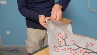 Cómo personalizar un saco de papel