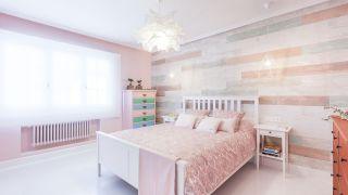 dormitorio en tonos rosas