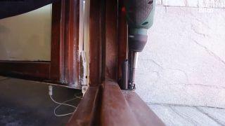 Cómo fijar una mosquitera a la ventana - Paso 5