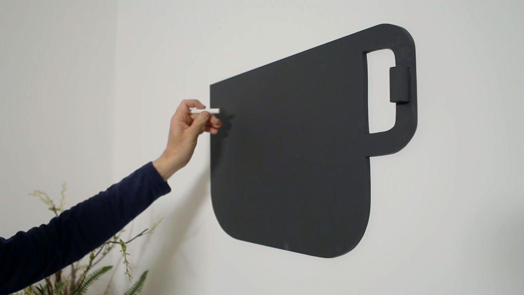 Cómo hacer una pizarra de pared con forma de taza