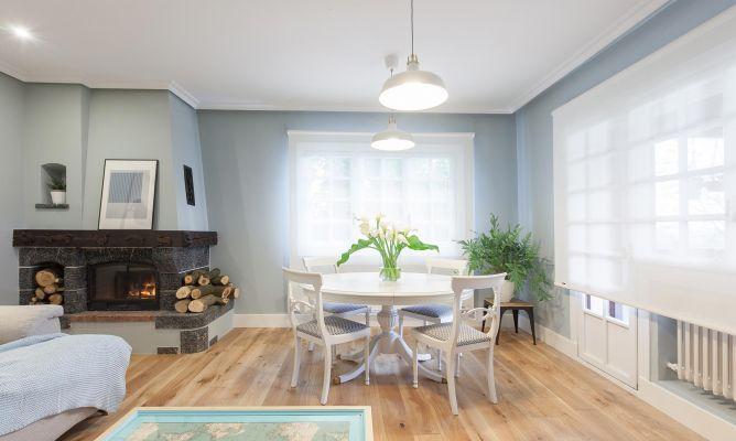 Pintar mesa de comedor de madera en blanco - Salón