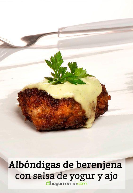 Receta de Albóndigas de berenjena con salsa de yogur y ajo