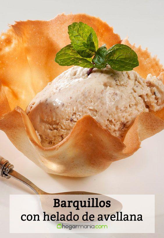Barquillos con helado de avellana