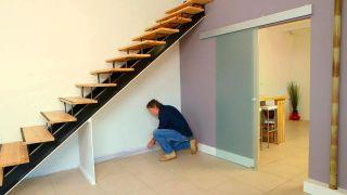 Sofá bajo la escalera - Paso 1