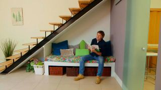 Sofá bajo la escalera - Paso 11