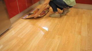 Cómo limpiar suelos de madera, tarimas o parqué - Paso 4