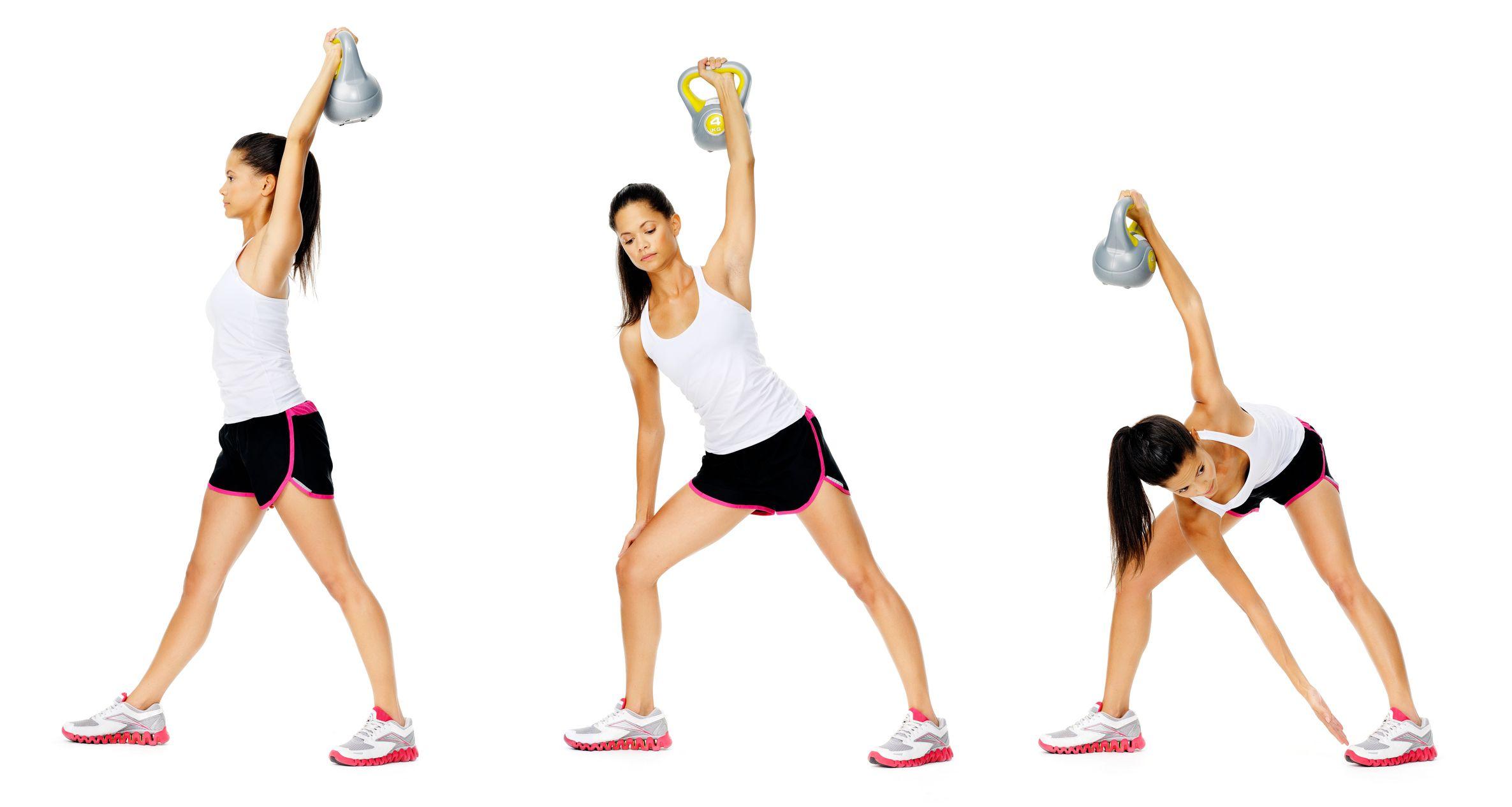 Mientras levantas el peso con el brazo estirado en ángulo recto hacia arriba, con el otro brazo intentar tocar la punta del pie inverso.