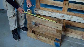 Cómo hacer un huerto de plantas aromáticas con palets - Paso 2