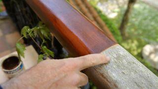 Cómo renovar un pasamanos de madera - Paso 5