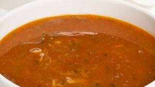 Sopa de pescado con verduras