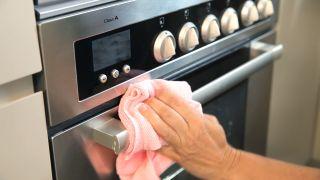Cómo limpiar acero inoxidable - Usos