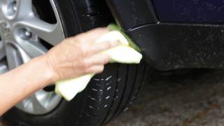Cómo limpiar las llantas del coche - Paso 4