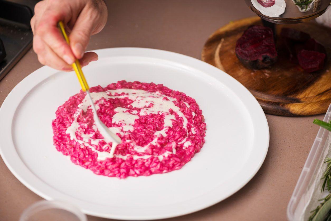 Arroz rosa con remolacha