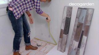 Colocar lamas de PVC en suelo de baño (zonas difíciles) - Paso 1